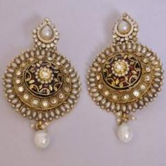 Earrings in very lovely pattern