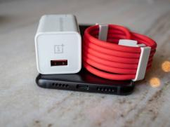 OnePlus Charger in best pricing