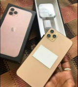 apple Iphone sell box pack all accessories call me