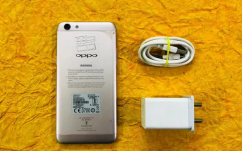Oppo F3 4/64 Mobile and charger
