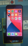 Iphone 7 128 gb scretchless phone
