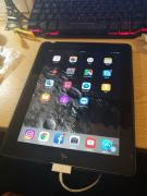 Gently Used IPad 2i In Excellent Condition