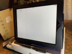 NEW Apple iPad 2 16GB WiFi 97in Black UNOPENED BOX