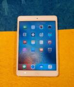 Apple iPad Mini 1st Gen 16GB - Brand New Condition (White Silver)