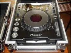 2x Pioneer CDJ-2000MK3 & 1x Djm-2000 Mixer DJ Package........1400