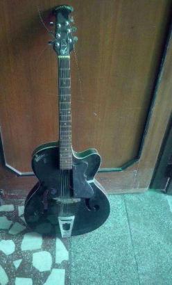 Signature Electric guitar