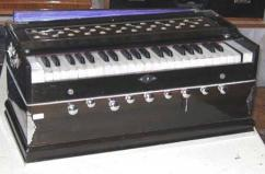 Rarely Used Harmonium In Affordable Pricing