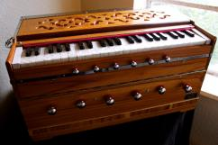 Harmonium In Fantastically Awesome Condition