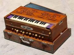 Harmonium In Very Rarely Used Condition Available