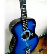 Acoustic guitar with amazing sound quality and amazing price.