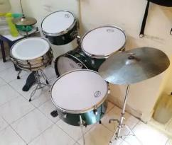 Musical Drum Sets in very good Condition