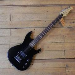 Electric Guitar In Great Condition Available