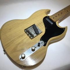 Electric Guitar In Superb Condition Available
