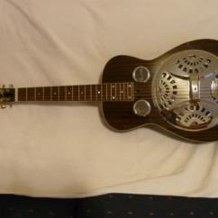Electric Guitar In Fabulous Condition