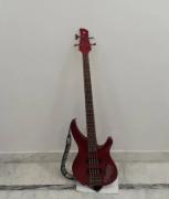 amaha TRBX304 BASS GUITAR 4 MONTHS USED