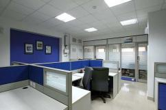 Office space for rent - Furnished Office in commercial building