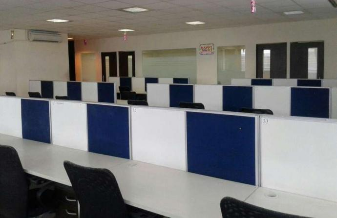 Fully furnished 35 workstations Setup at Vashi