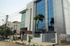 800 Sq meter Factory For Sale In Sector-63, Noida 9910001713
