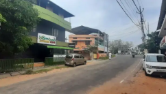 Kollam chinnakada Beach Road 2 cent 1500 sqrf commercial building