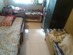 pg.accomd available for 3 girls sharing within family at vakola santacruz East M