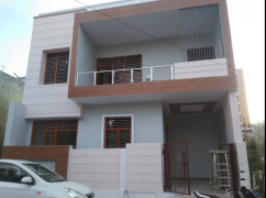 90 YARD DESIGNER DUPLEX HOUSE ONLY IN 73 LAC