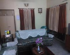 AC Single Room Furnished PG Accomodation for Female Executive