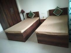 Furnished Paying Guest PG in Sector 41 Noida for Boys Girls
