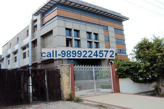 30,000 Sq.Ft. Factory For Rent In Noida