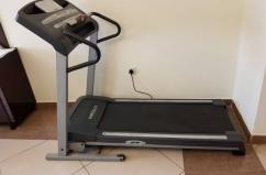 Branded Fully Automatic Treadmill Available
