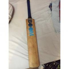 Cricket Bat In Rarely Used Condition