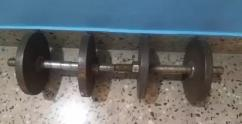 2 dumbbells with 20 kg